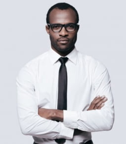 Mr. Henry | Luật sư quốc tế